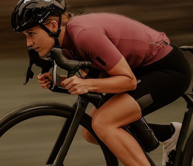 Own your rid with UNIQUE cycling bib shorts